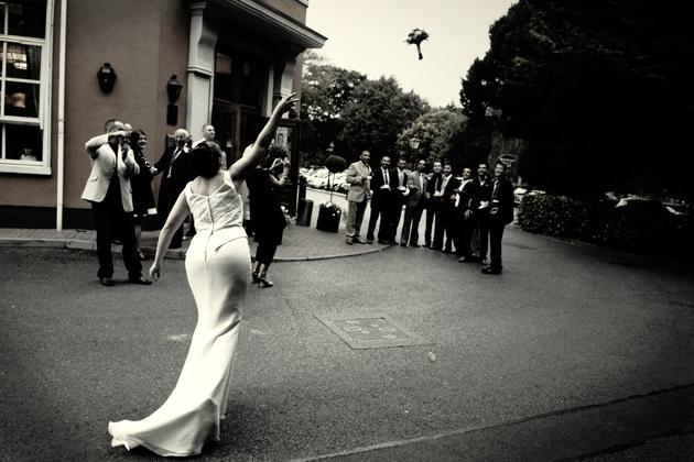 Maria throws the bouquet